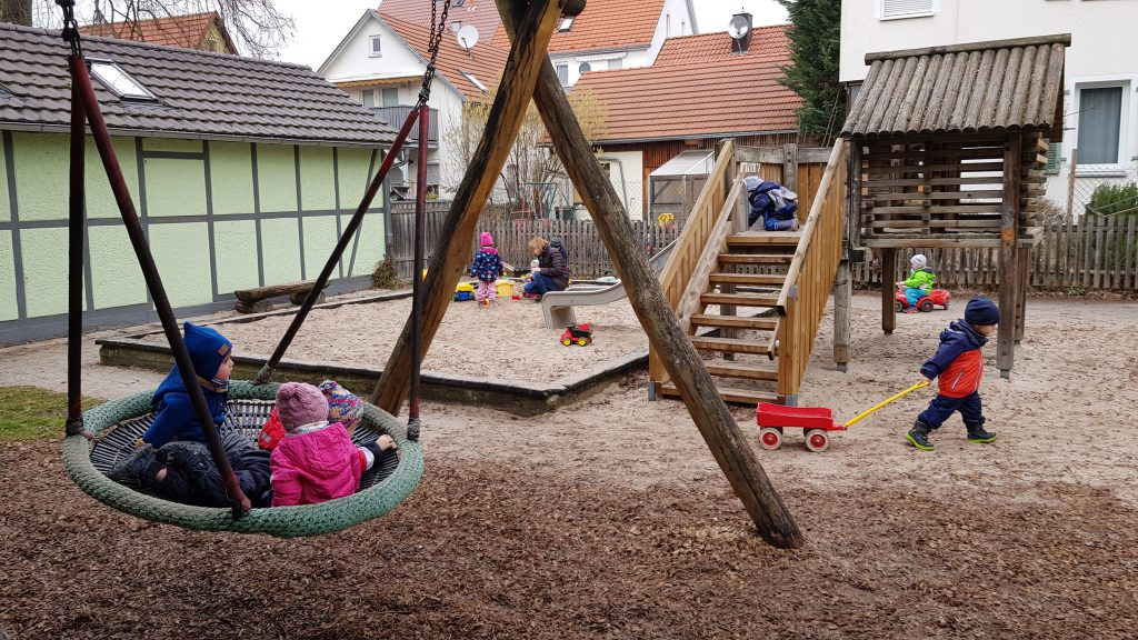 Spielplatz nebenan